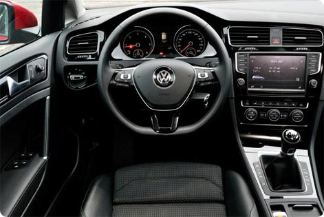 VW Golf 7 - konsola